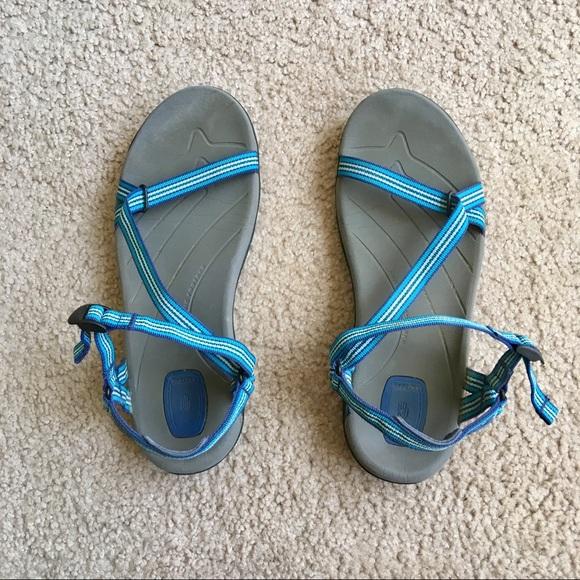 65f428d9844a Teva thin strap Zirra waterproof sandals 8. M 5b417ce8194dad32a831d947